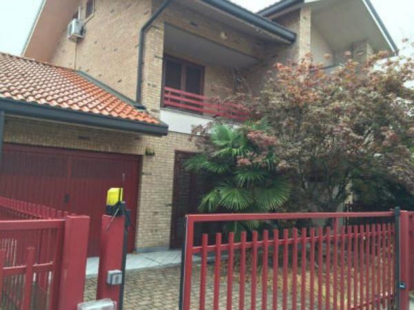 Villa in vendita a Paderno Dugnano, Confine Cusano Milanino, 170 mq
