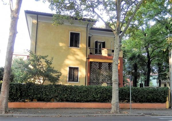 Casa indipendente in vendita a Forlì, Fulcieri, Con giardino, 320 mq - Foto 2