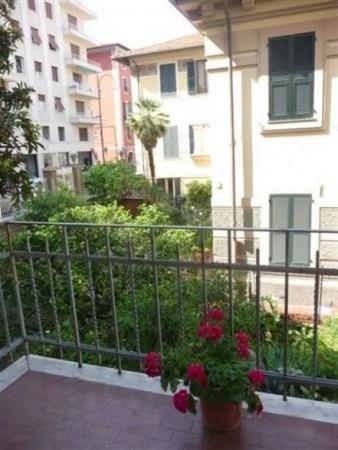 Appartamento in vendita a Chiavari, Centralissimo-mare, 90 mq