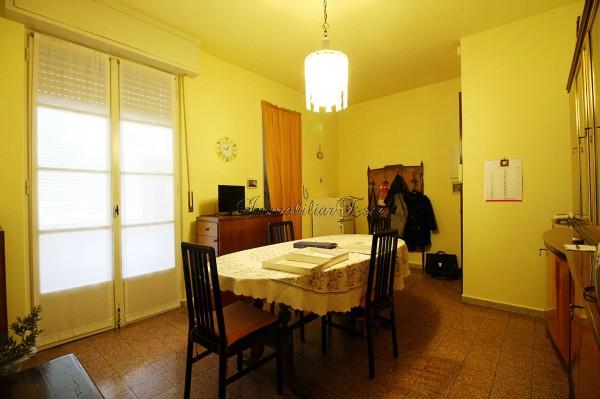Appartamento in vendita a Milano, Aretusa, 70 mq