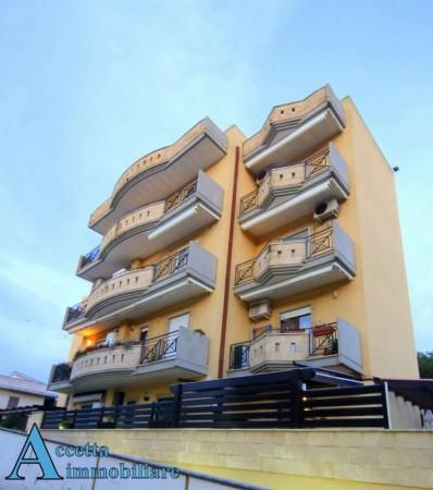 Appartamento in vendita a Taranto, Residenziale, 90 mq