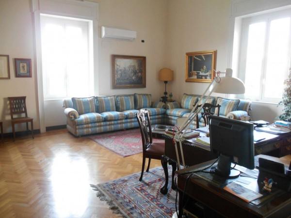 Appartamento in vendita a Napoli, 300 mq - Foto 1