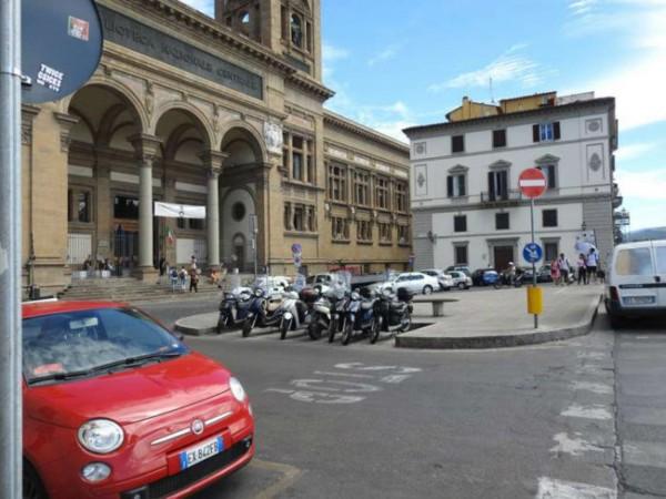 Appartamento in vendita a Firenze, 110 mq