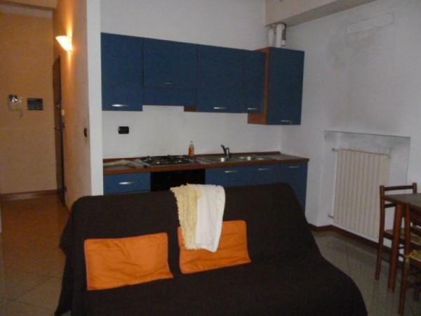 Appartamento in affitto a Asti, Centro  Storico, Arredato, 40 mq - Foto 3