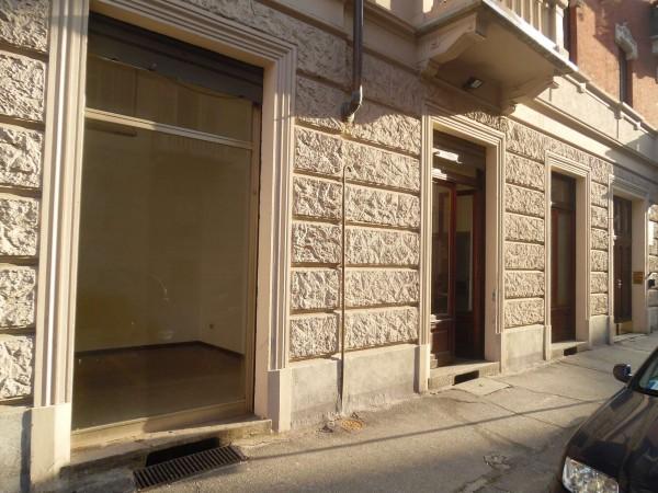Negozio in vendita a Torino, 100 mq