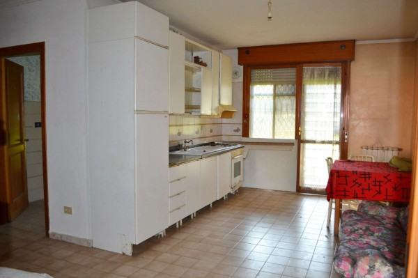 Appartamento in vendita a Roma, Torrino, Con giardino, 65 mq - Foto 13
