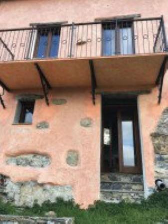 Casa indipendente in vendita a Avegno, Vescina, Con giardino, 90 mq