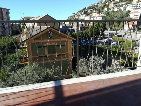 Appartamento in vendita a Recco, Con giardino, 80 mq - Foto 1
