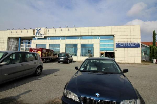 Locale Commerciale  in vendita a Alpignano, 460 mq