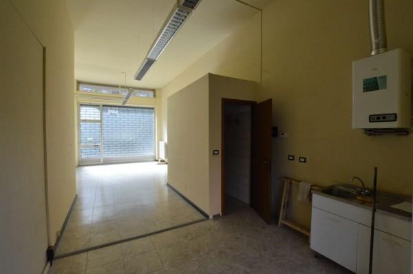 Negozio in affitto a Torino, 61 mq - Foto 4