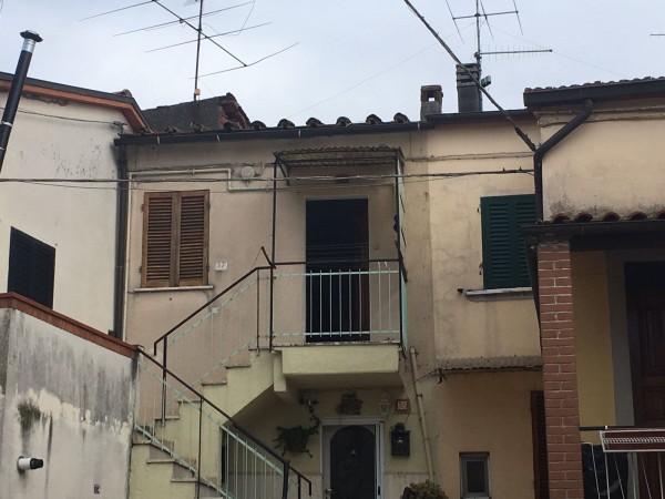 Appartamento in vendita a Arezzo, Chiani, 45 mq