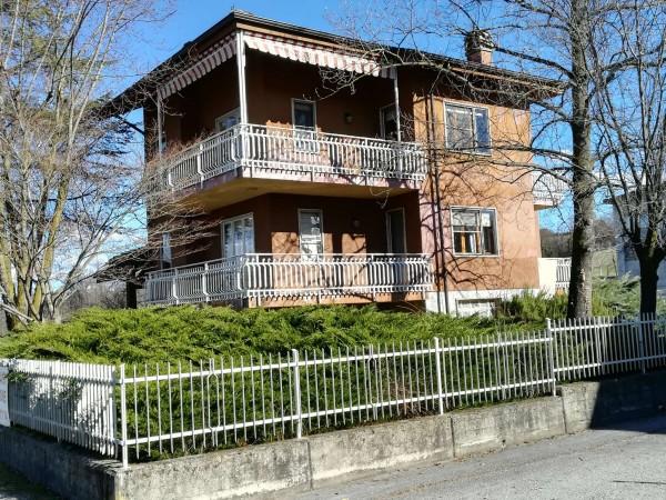 Casa indipendente in vendita a Mondovì, Via Cuneo, Con giardino, 270 mq