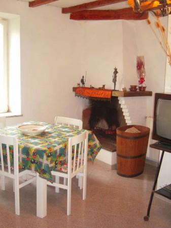 Appartamento in vendita a San Gregorio da Sassola, 85 mq