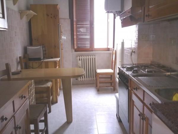 Appartamento in affitto a Perugia, Arco Etrusco, 110 mq