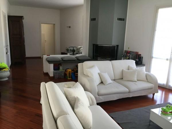 Casa indipendente in vendita a Trescore Cremasco, Centro, 350 mq