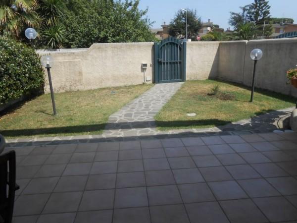 Villa in vendita a Anzio, Lavinio Poggio, Con giardino, 110 mq