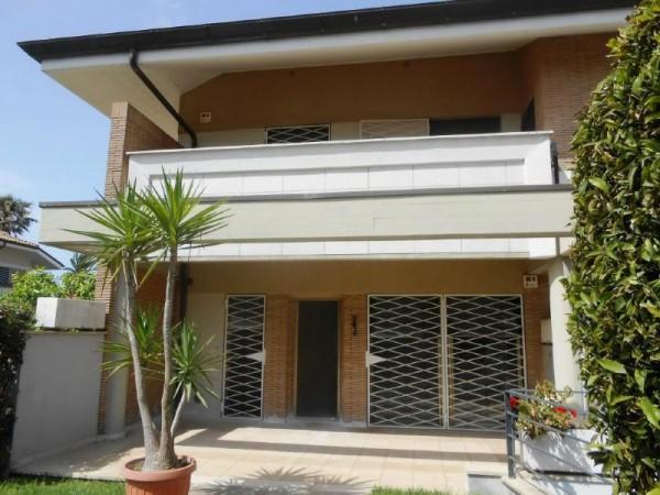 Villa in vendita a Anzio, Poggio, Con giardino, 90 mq