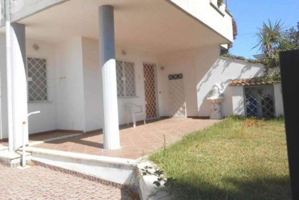 Villa in vendita a Anzio, Cincinnato, Con giardino, 55 mq