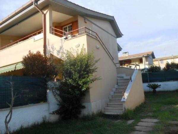 Villetta a schiera in vendita a Anzio, Cinquemiglia, Con giardino, 55 mq - Foto 1