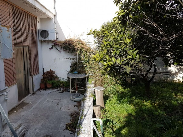 Casa indipendente in vendita a Copertino, Con giardino, 180 mq - Foto 4