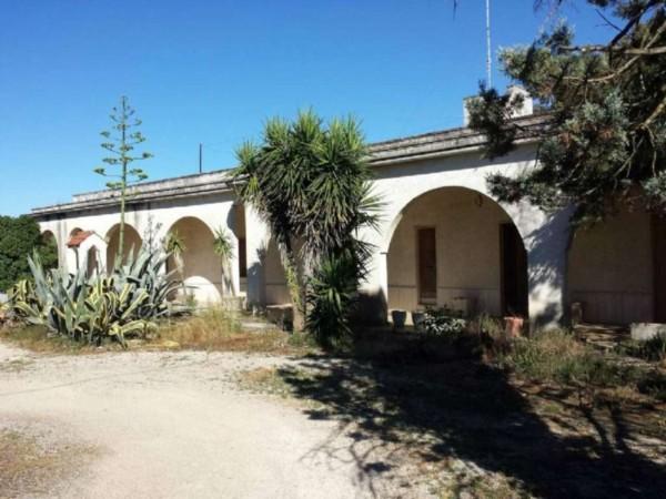 Villa in vendita a Copertino, Con giardino, 245 mq - Foto 1