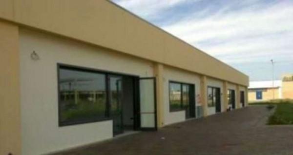 Locale Commerciale  in vendita a Copertino, 115 mq - Foto 1