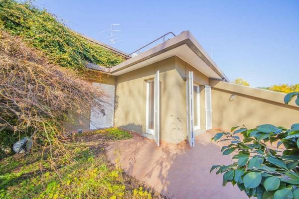 Villetta a schiera in vendita a Bregano, Con giardino, 127 mq
