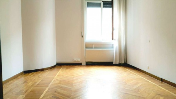 Ufficio in affitto a Milano, Tribunale, 220 mq