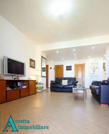 Appartamento in vendita a Taranto, Residenziale, 118 mq