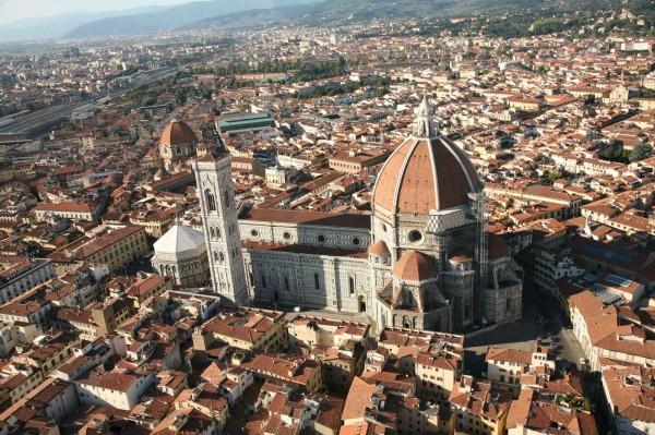 Negozio in affitto a Firenze, 750 mq
