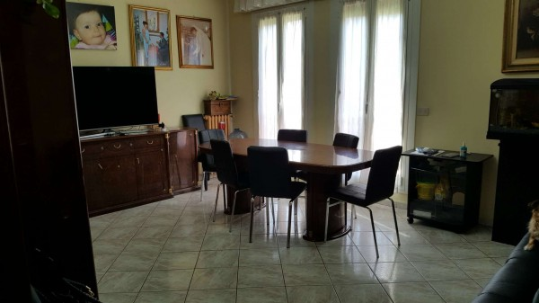 Appartamento in vendita a Milano, Con giardino, 105 mq