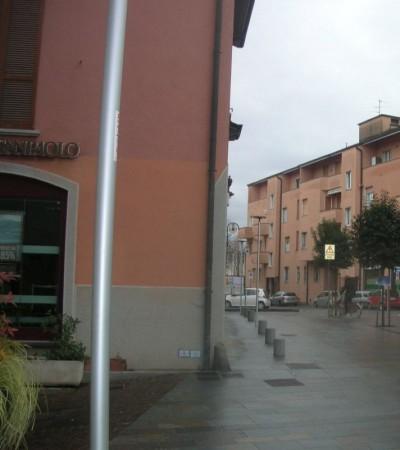 Ufficio in affitto a Bernareggio, 90 mq