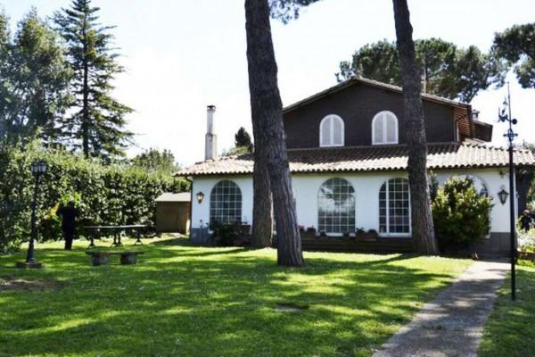 Casa indipendente in vendita a Marino, Con giardino, 400 mq