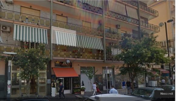 Appartamento in vendita a Napoli, San Carlo All' Arena, 180 mq