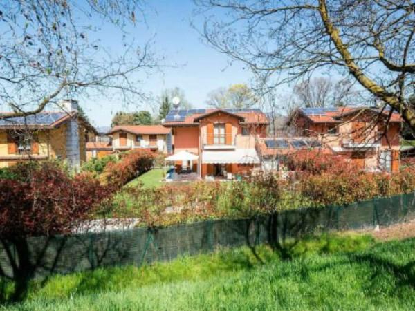 Villa in vendita a Galliate Lombardo, Arredato, con giardino, 126 mq - Foto 2