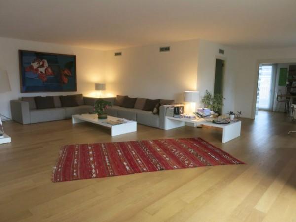 Appartamento in vendita a Udine, Centrale, Con giardino, 230 mq