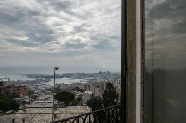 Villa in vendita a Genova, 140 mq