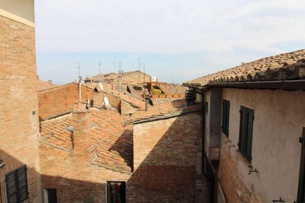 Locale Commerciale  in affitto a Perugia, Arredato, 70 mq - Foto 2