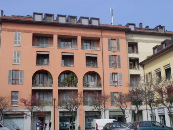 Appartamento in affitto a Bollate, Arredato, 65 mq