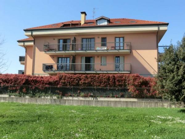 Appartamento in vendita a Rho, 50 mq