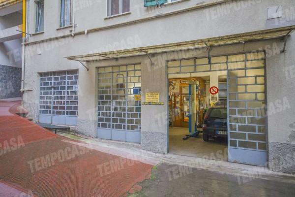 Locale Commerciale  in vendita a Milano, Affori Centro, 97 mq - Foto 3