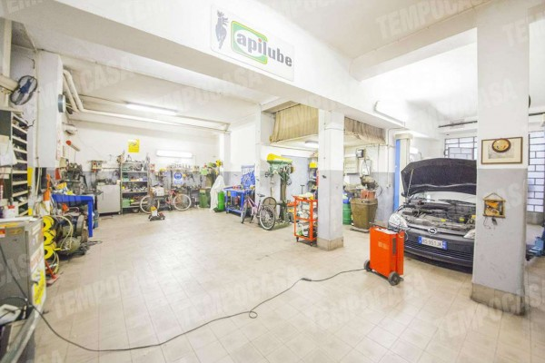 Locale Commerciale  in vendita a Milano, Affori Centro, 97 mq - Foto 12