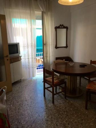 Appartamento in vendita a Rapallo, Centrale, Arredato, 55 mq