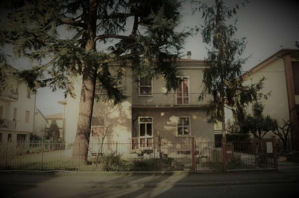 Casa indipendente in vendita a Forlì, Cà Ossi, Con giardino, 200 mq