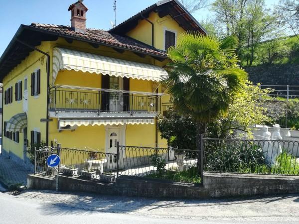Casa indipendente in vendita a Clavesana, Zona Castello, Con giardino, 200 mq