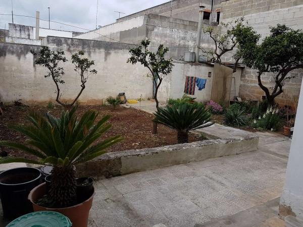 Casa indipendente in vendita a Copertino, Con giardino, 175 mq - Foto 7