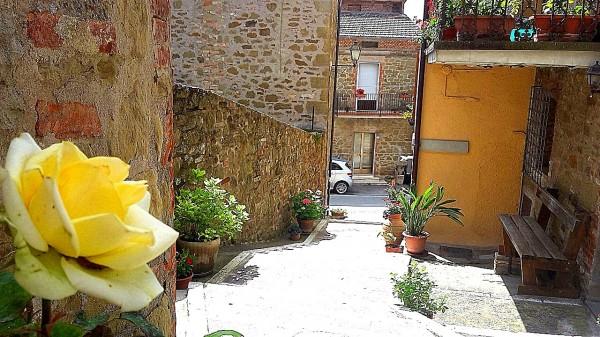Casa indipendente in vendita a Passignano sul Trasimeno, Castel Rigone, 190 mq