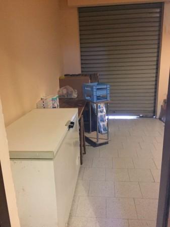 Locale Commerciale  in vendita a Lodi Vecchio, Arredato, 100 mq - Foto 2