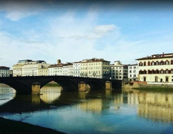 Locale Commerciale  in vendita a Firenze, Lungarno, Con giardino, 3400 mq - Foto 1