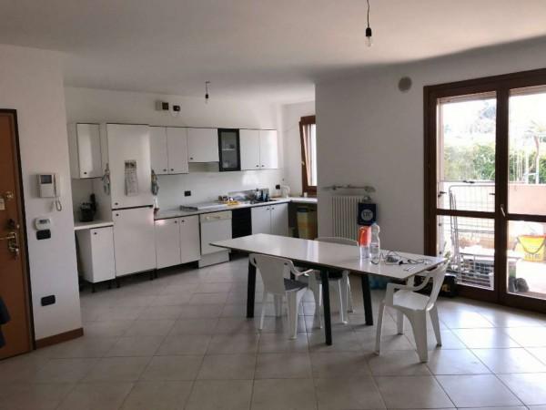 Appartamento in vendita a Selvazzano Dentro, Selvazzano, Con giardino, 85 mq